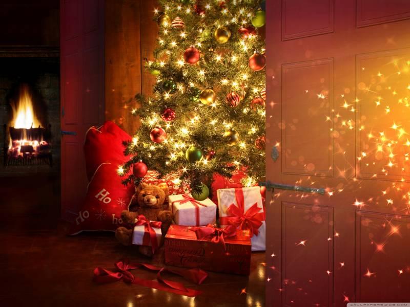 Подарки от Санты.Новогодние обои 2017